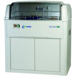 Pictus 700